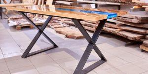 texture d'une table en bois avec résine d'époxy
